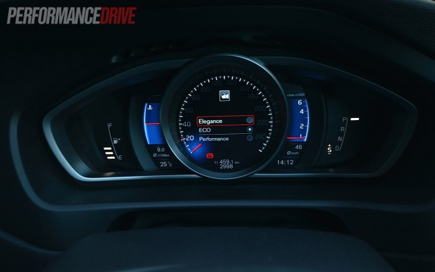 2013 Volvo V40 T5 TFT crystal display
