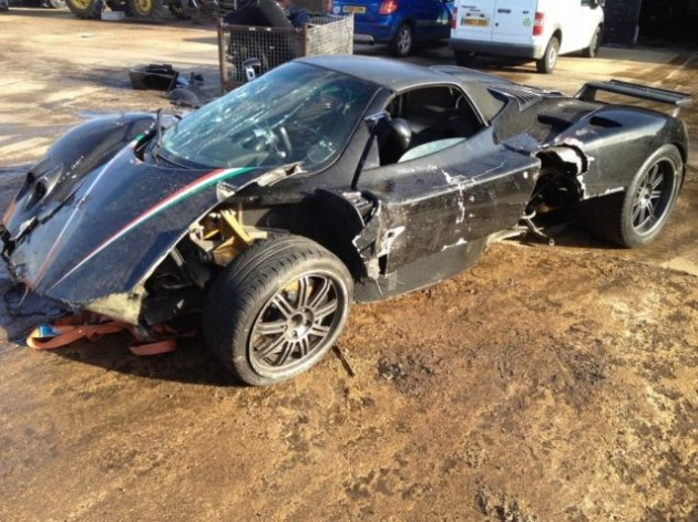 Pagani Zonda Roadster crashed-side