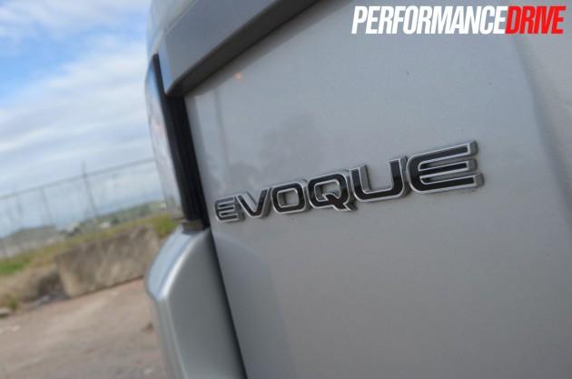 2012 Range Rover Evoque Pure SD4 badge
