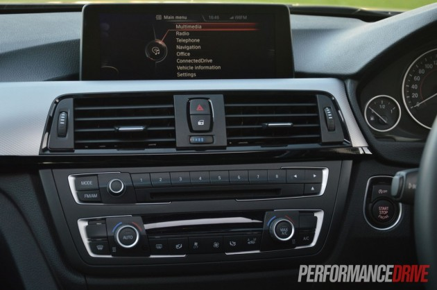 2013 BMW ActiveHybrid 3 dash