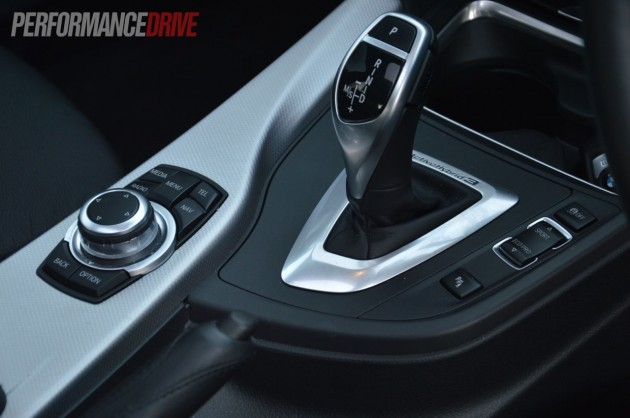 2013 BMW ActiveHybrid 3 gear selector and iDrive