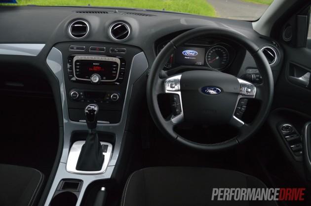 2013 Ford Mondeo Zetec EcoBoost interior