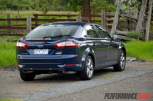 2013 Ford Mondeo Zetec EcoBoost rear