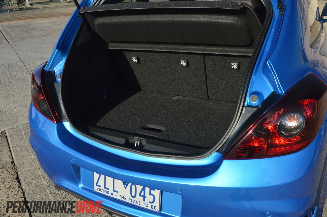 2013 Opel Corsa Opc Boot Space