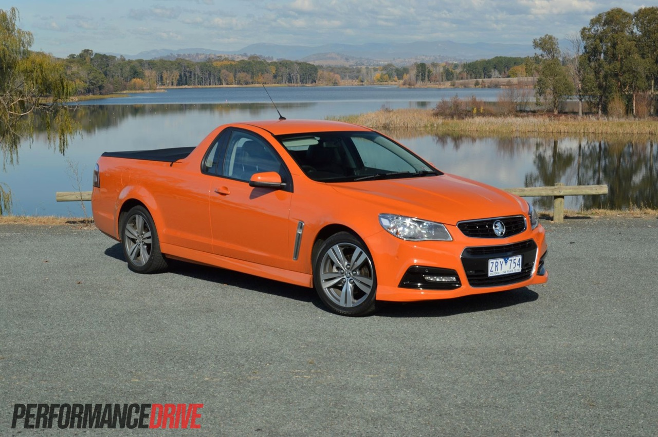 2014 Holden VF Commodore review - Australian launch (video ...