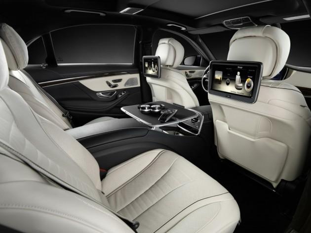 2014 Mercedes Benz Rear Seat Entertainment