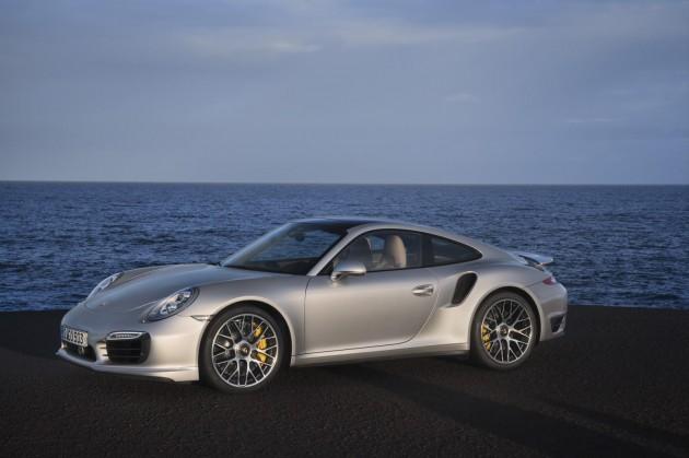 2014 Porsche 911 Turbo revealed