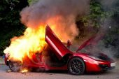 McLaren MP4-12C catches fire in London