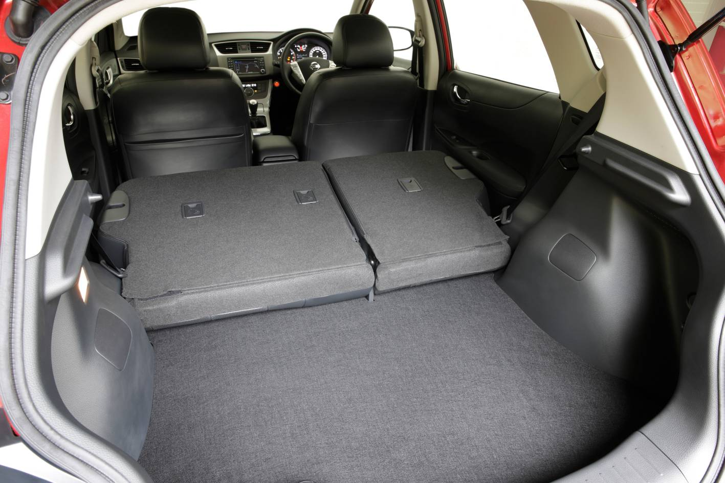 2013 Nissan Pulsar Sss Hatch Boot Space