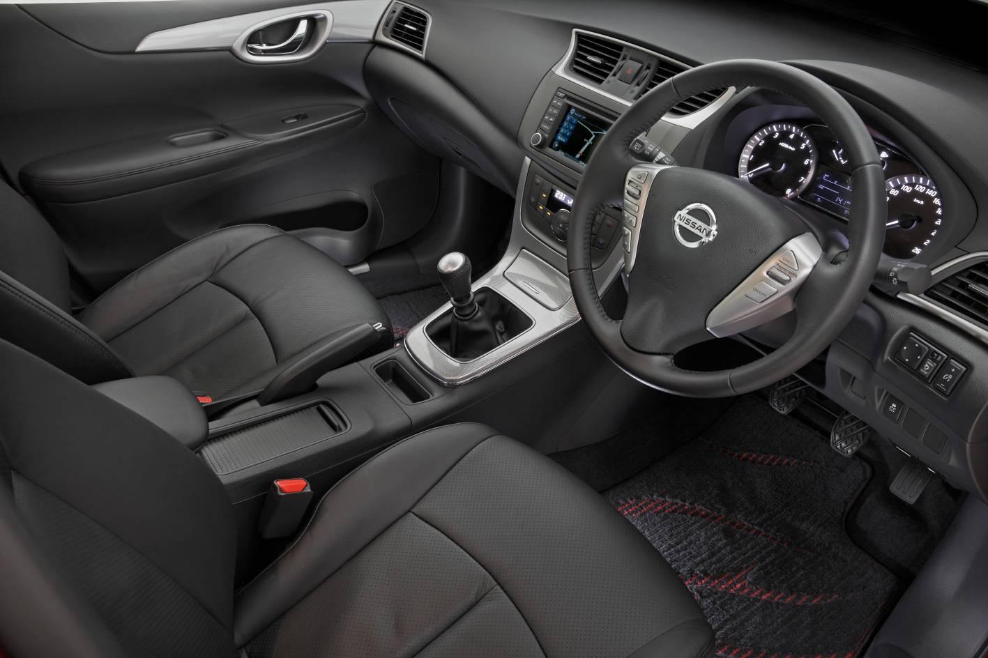 2013 Nissan Pulsar Sss Hatch Interior