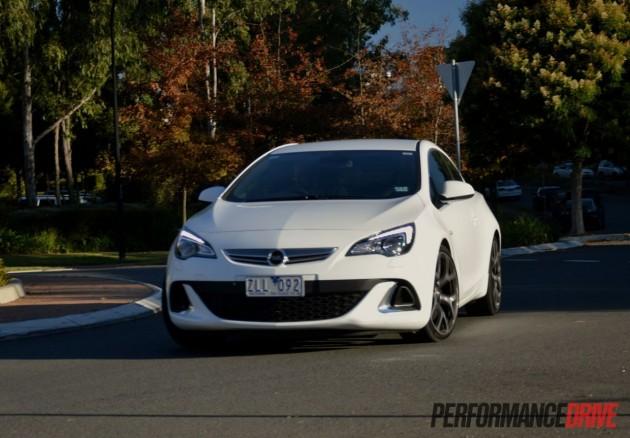 2013 Opel Astra OPC handling