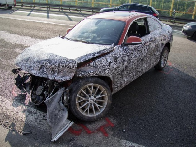 BMW 2 Series prototype crash autobahn-1