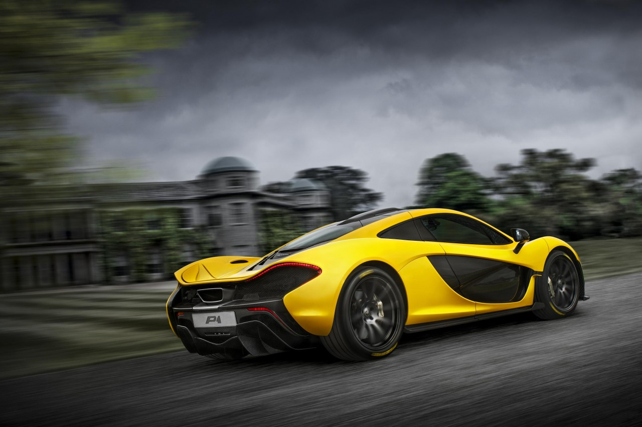 mclaren p1 39 ride of a lifetime 39 prize in new forza 5 competition performancedrive. Black Bedroom Furniture Sets. Home Design Ideas