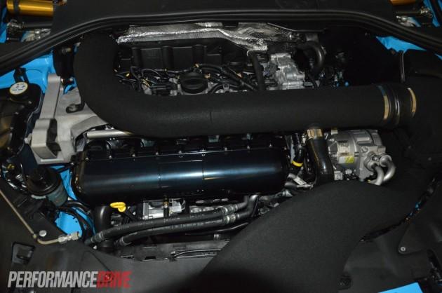 Volvo S60 Polestar Concept-engine