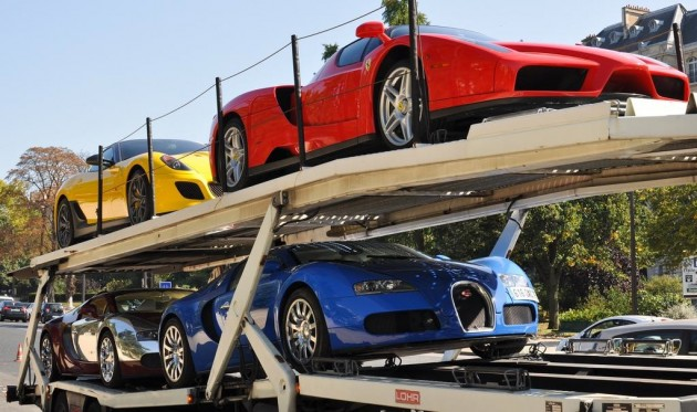 11 suspercars sold at auction for 3m euros