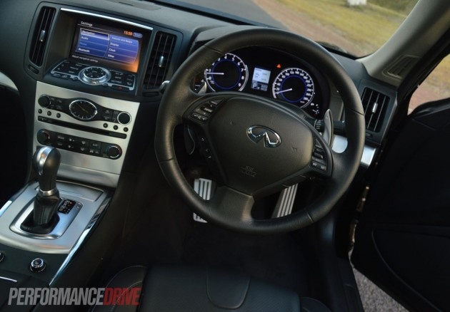 2013 Infiniti G37 S Premium Coupe interior