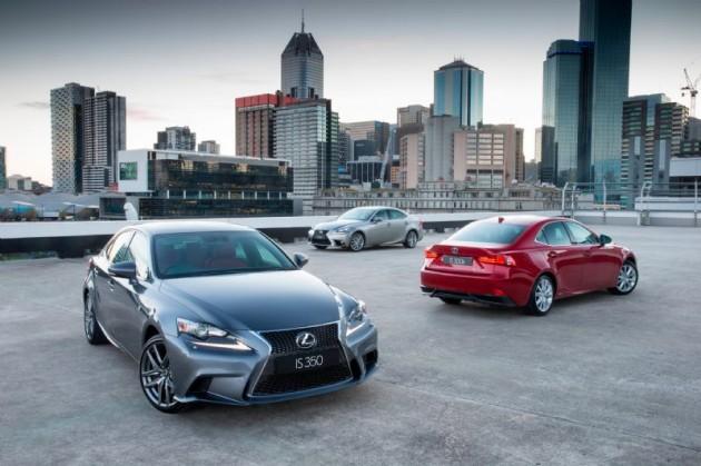 2013 Lexus IS range