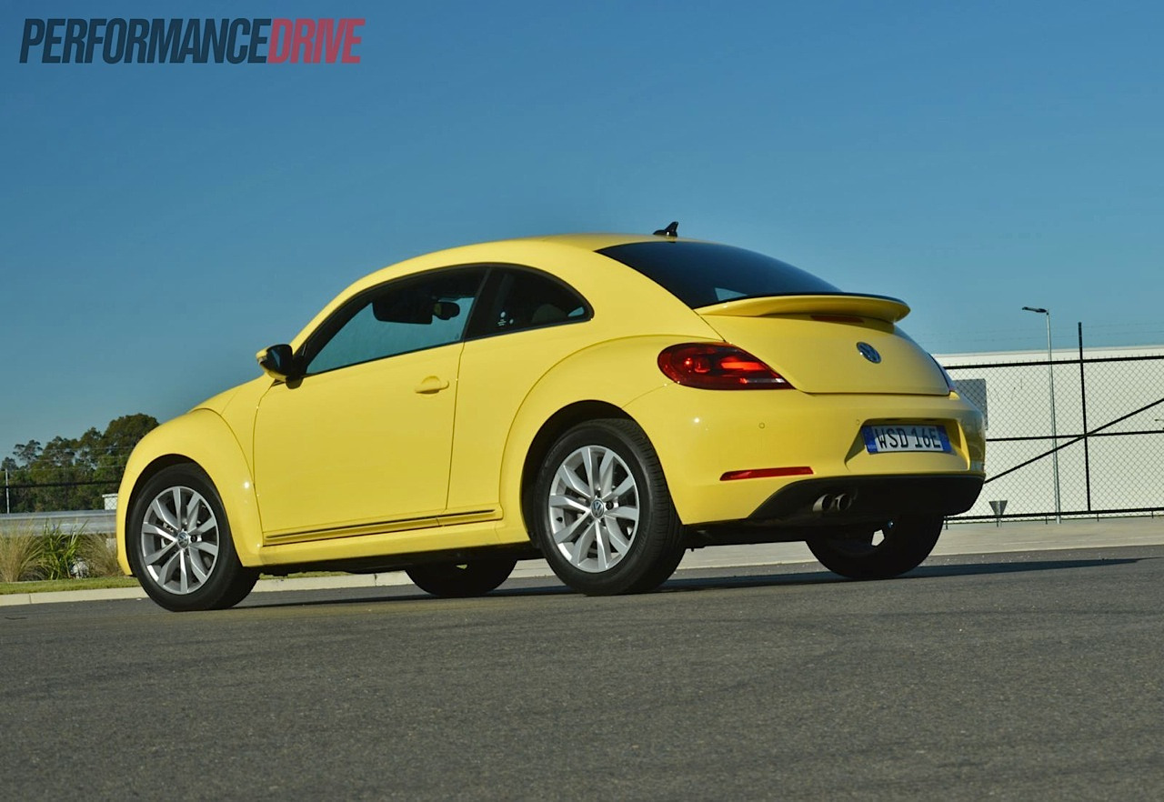 volkswagen beetle yellow 2013 images galleries with a bite. Black Bedroom Furniture Sets. Home Design Ideas