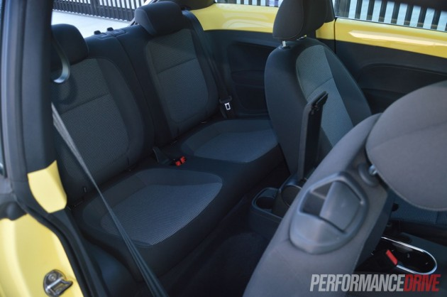 2013 Volkswagen Beetle rear seats