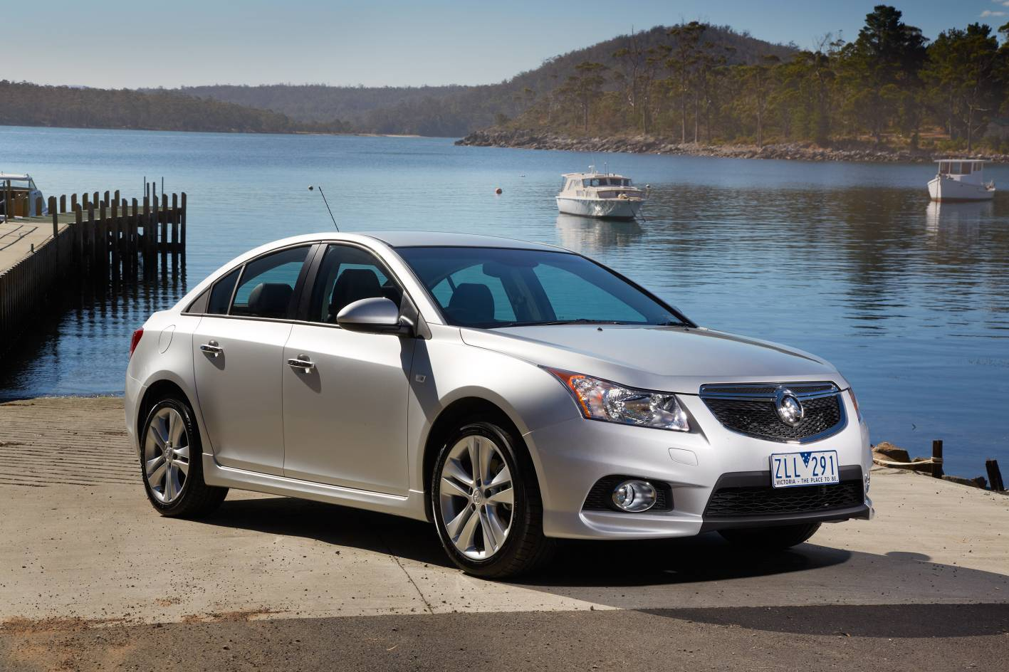 2014 holden cruze sri v autos post. Black Bedroom Furniture Sets. Home Design Ideas