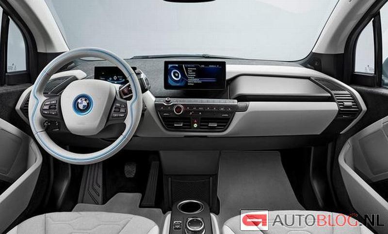 BMW i3 production car-dash