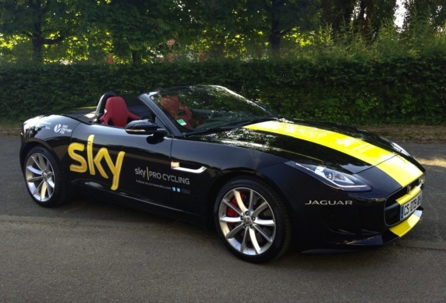 Chris Froome Tour de France-Jaguar F-Type