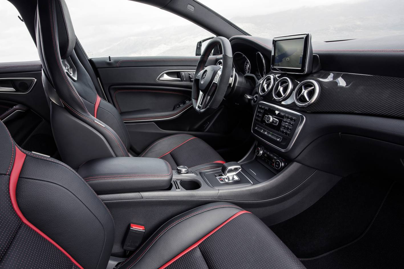 mercedes benz cla 45 amg interior. Black Bedroom Furniture Sets. Home Design Ideas