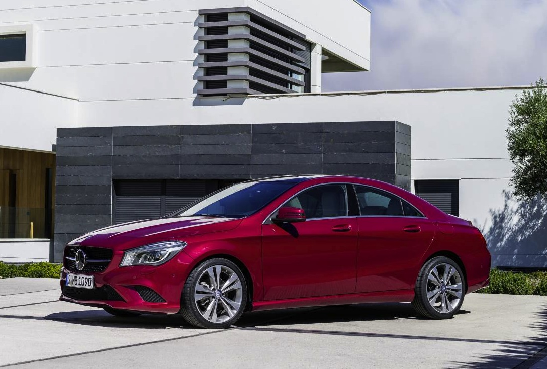 mercedes benz cla class on sale in october from 49 900 performancedrive. Black Bedroom Furniture Sets. Home Design Ideas