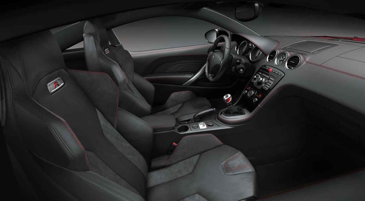 Peugeot RCZ R interior |