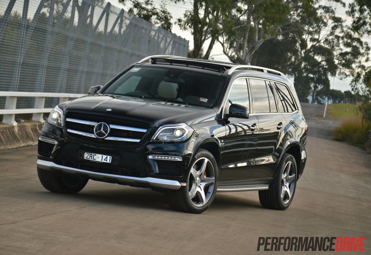 2013 mercedes benz gl 63 amg review video performancedrive for Gl mercedes benz
