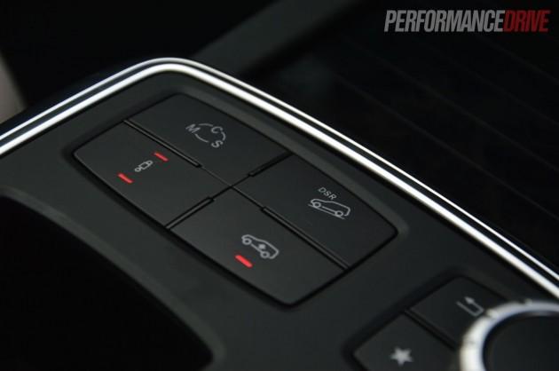2013 Mercedes-Benz GL 63 AMG-driving modes