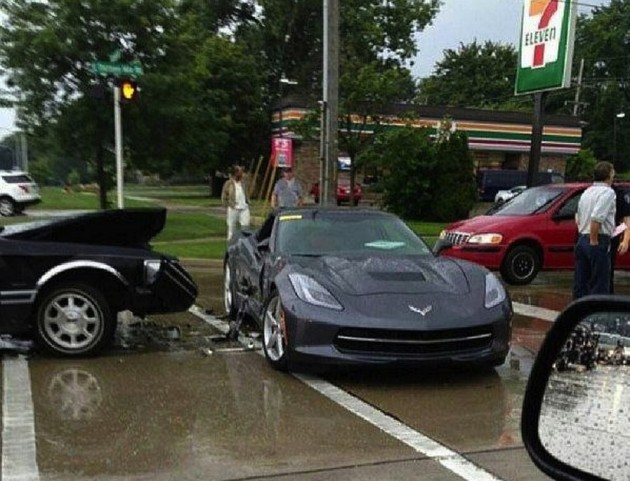 2014 Chevrolet Corvette Stingray crash-Michigan