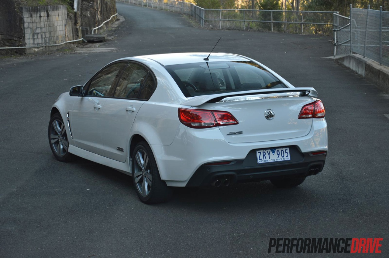 2014 holden vf commodore ss review video performancedrive 2014 holden vf commodore ss rear vanachro Gallery