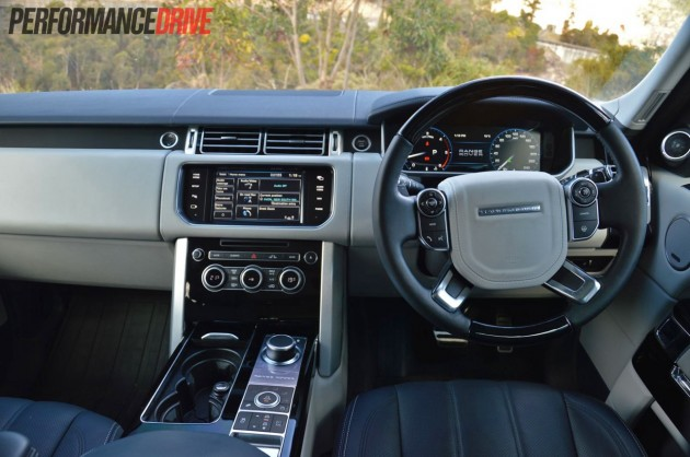 2013 Range Rover Vogue SE interior