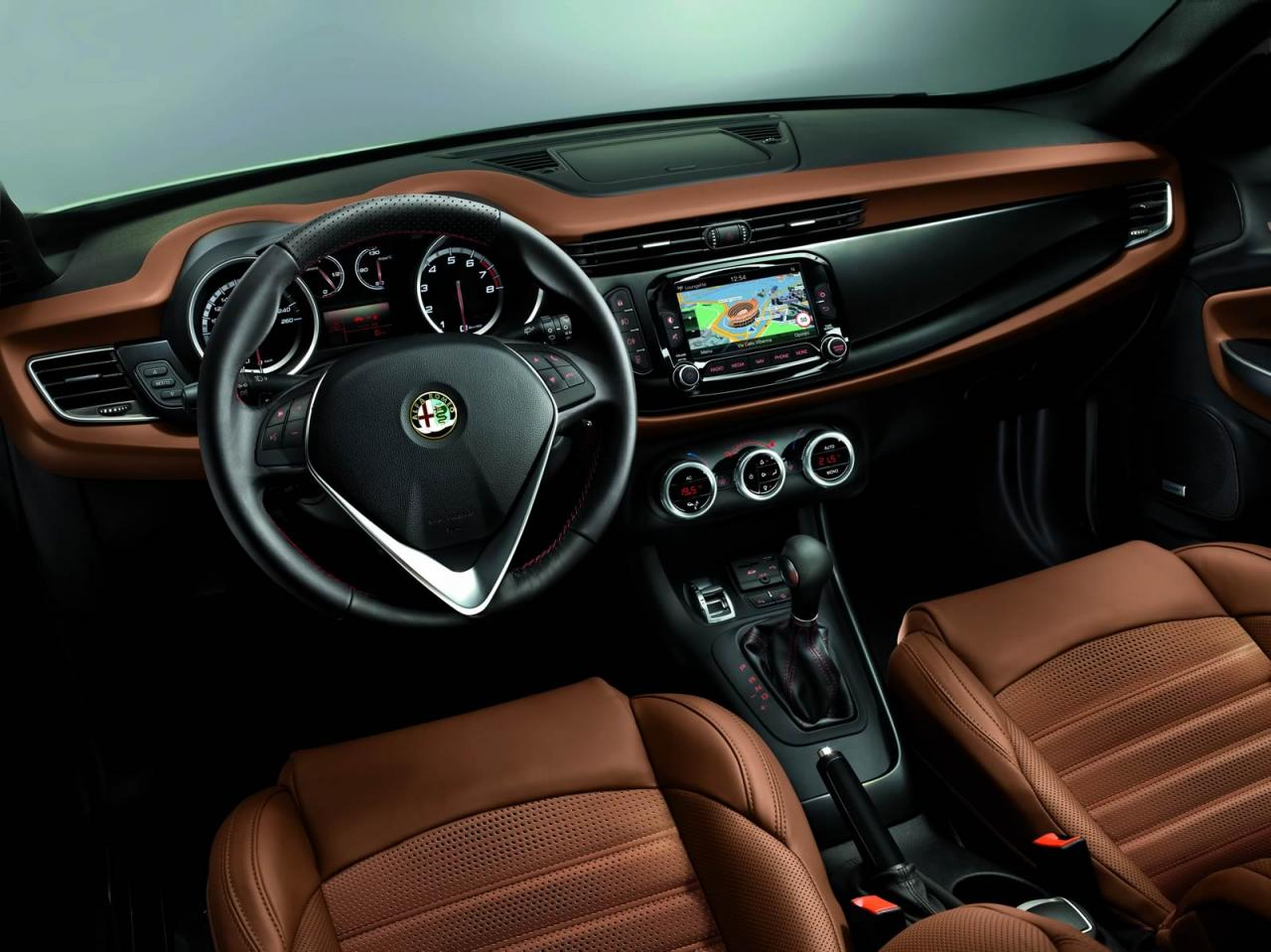 2014 alfa romeo giulietta interior. Black Bedroom Furniture Sets. Home Design Ideas