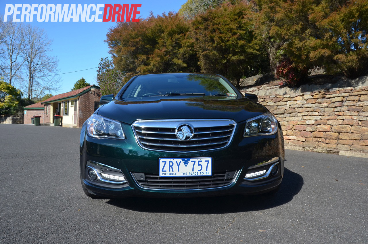 2014 holden vf calais v v8 sportwagon review video performancedrive. Black Bedroom Furniture Sets. Home Design Ideas