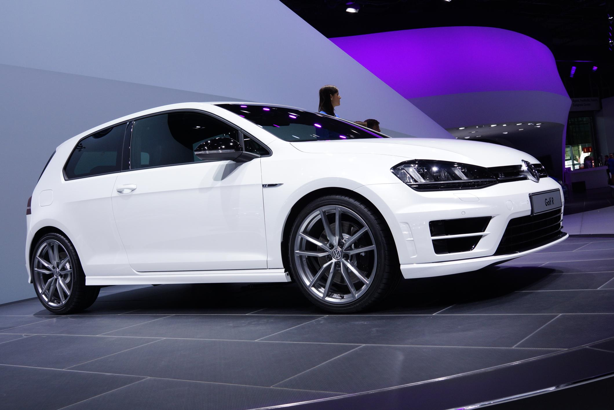 2014 Volkswagen Golf R 2013 Frankfurt Motor Show