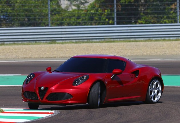 Alfa Romeo 4C drift