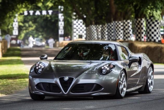 Alfa Romeo 4C silver