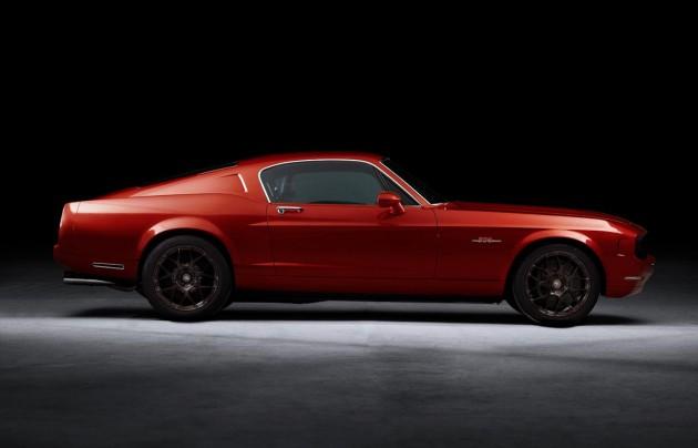 Equus Automotive Bass 770 Red