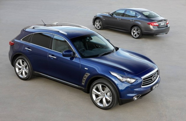 Infiniti FX and M sedan