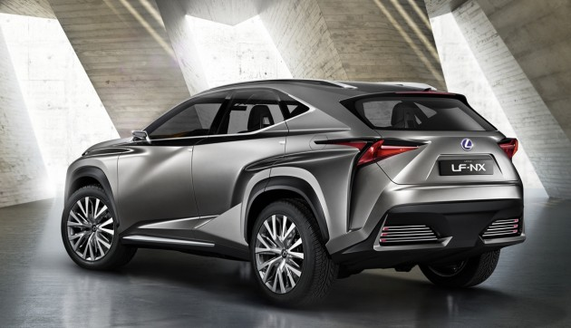 Lexus LF-NX-rear