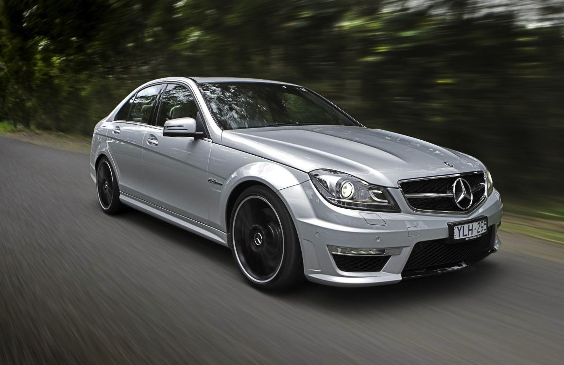 Australian vehicle sales for august 2013 c class excels for Mercedes benz car salesman salary