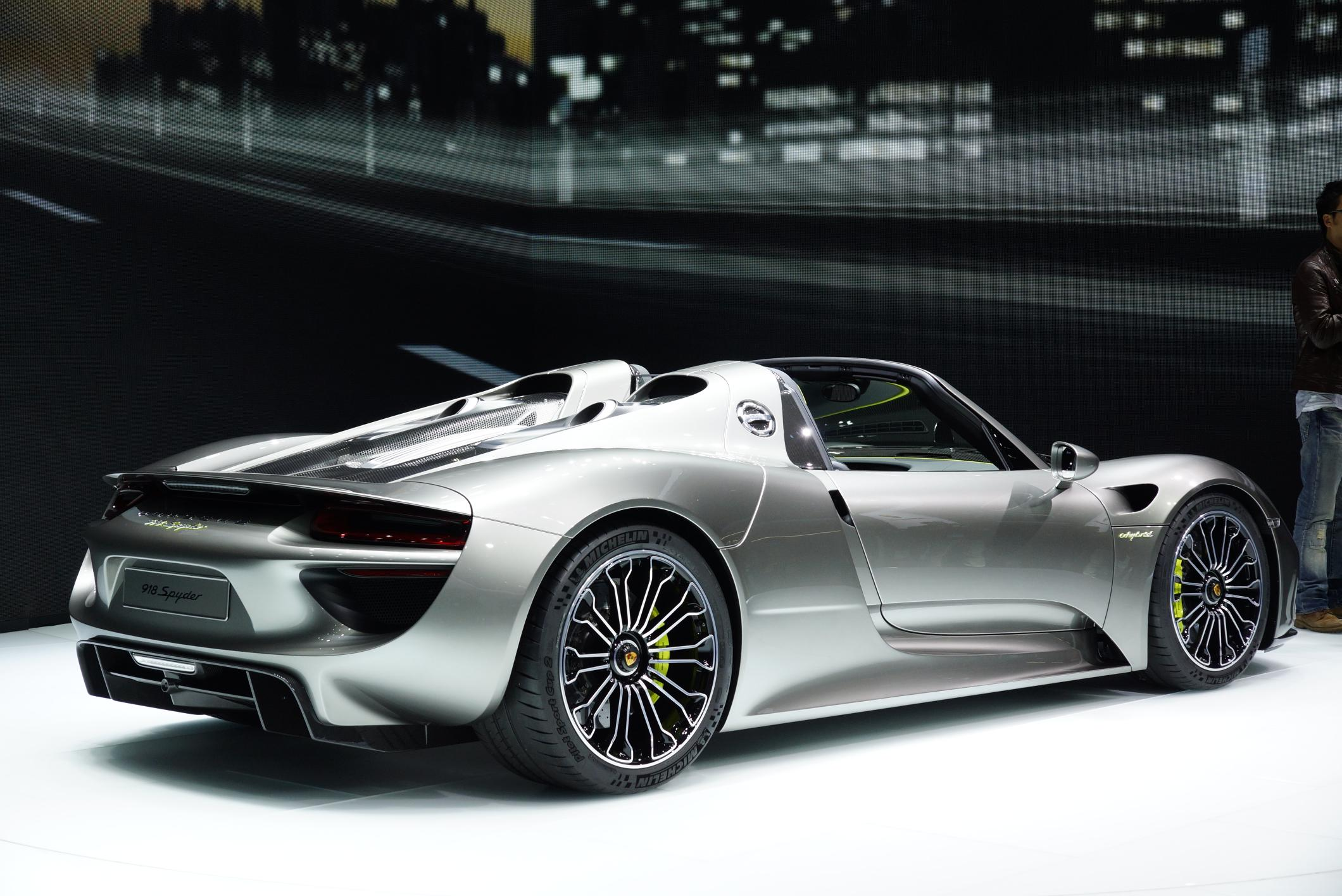porsche 918 spyder rear 2013 frankfurt motor show. Black Bedroom Furniture Sets. Home Design Ideas