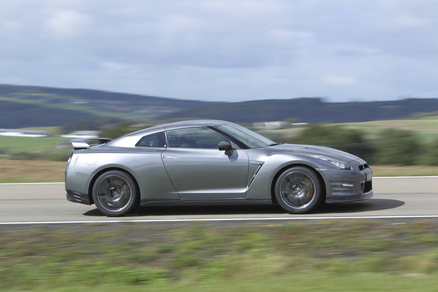 next gen 39 r36 39 nissan gt r to use williams hybrid tech performancedrive. Black Bedroom Furniture Sets. Home Design Ideas