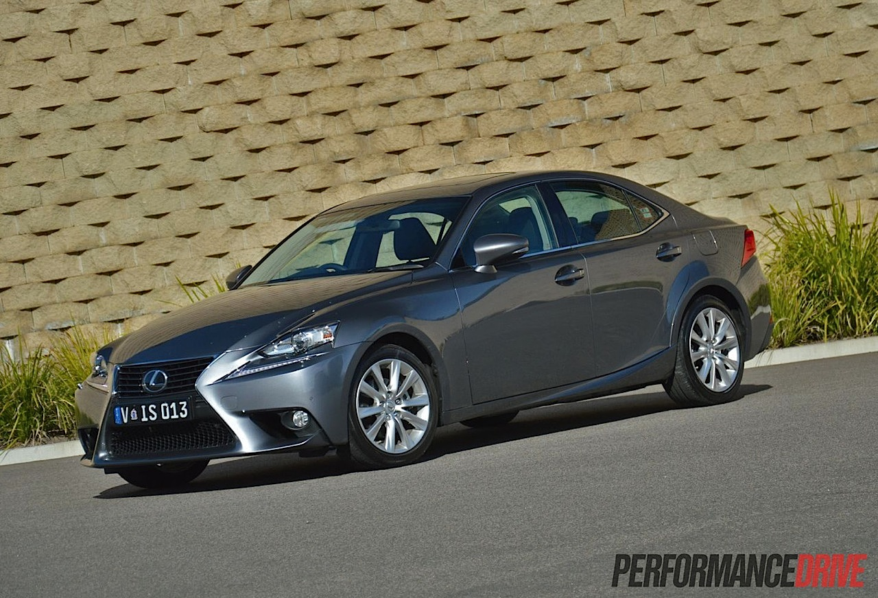 2013 lexus is 250 review video performancedrive. Black Bedroom Furniture Sets. Home Design Ideas