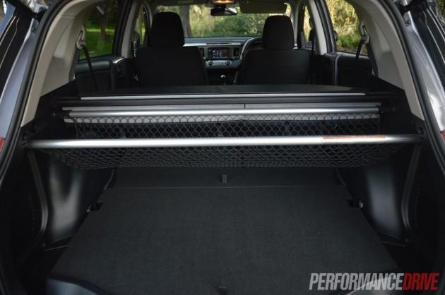 2013 Toyota RAV4 GXL cargo net