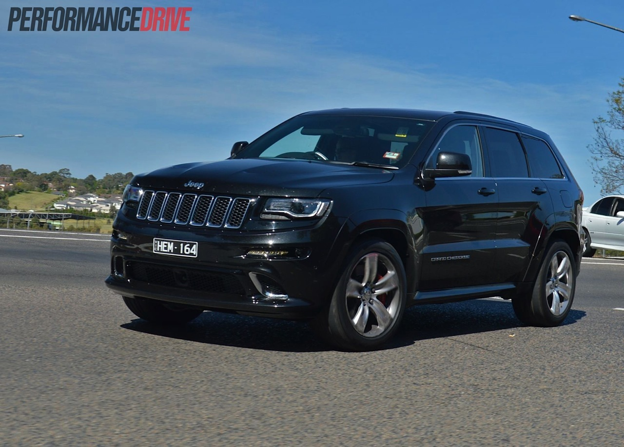 2014 jeep grand cherokee srt cornering. Black Bedroom Furniture Sets. Home Design Ideas