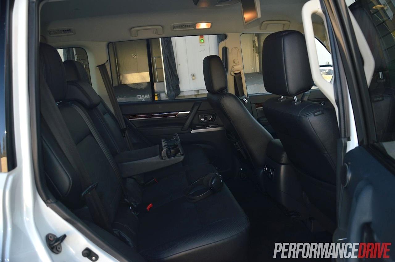 Mini Cooper Evolution >> 2007 Mitsubishi Lancer Evolution X Car Sgcarmart | Autos Post