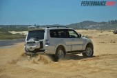 2014 Mitsubishi Pajero Exceed sliding